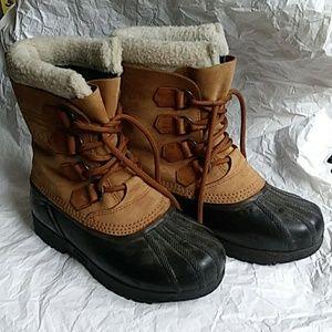 Sorel Caribou II Tan and Black Size 7